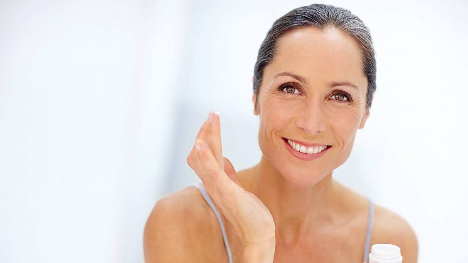 The 10 Best Natural Anti-Aging Creams and Serums 2020
