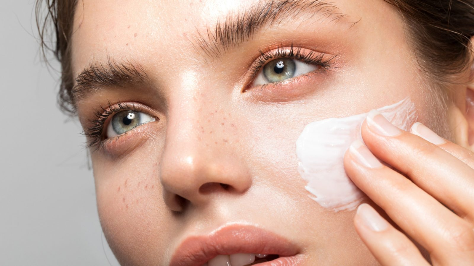 The 5 Best Natural And Organic Eye Creams Of 2020